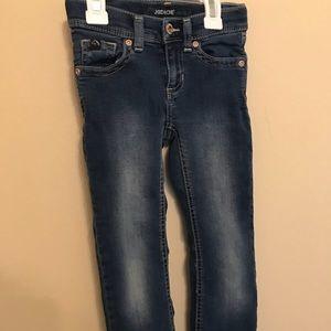 Jordache bootcut jeans. Girls size 5